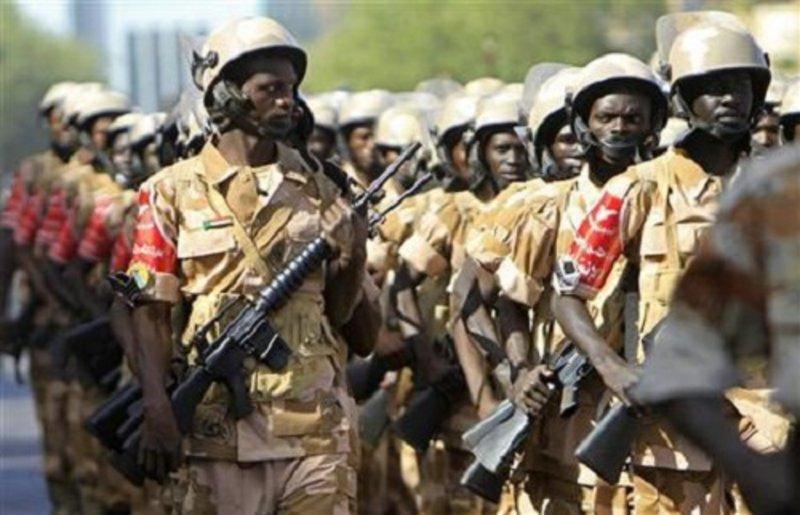"""مستشار البرهان : نحذّر من الترويج بأن"""" الجيش جيش الكيزان """""""