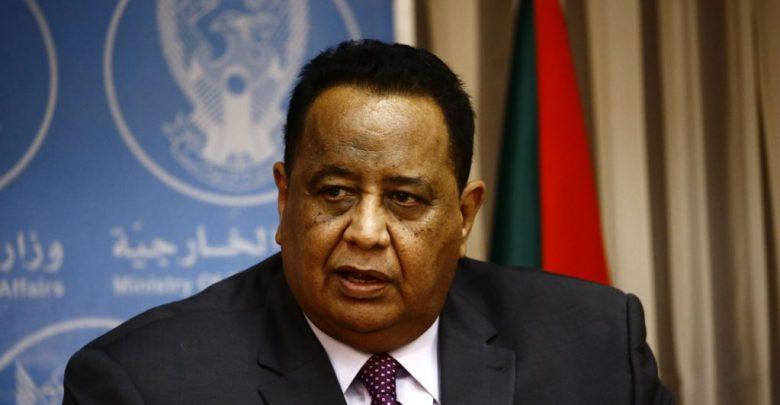 السلطات السودانية تفتح بلاغات في مواجهة غندور وتحرك إجراءات قانونية لتسليم مصطفى عثمان إسماعيل من تركيا عبر الإنتربول