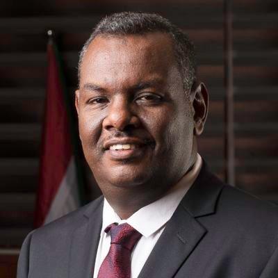 مدني عباس يحظر تخزين وتصدير الفول السوداني