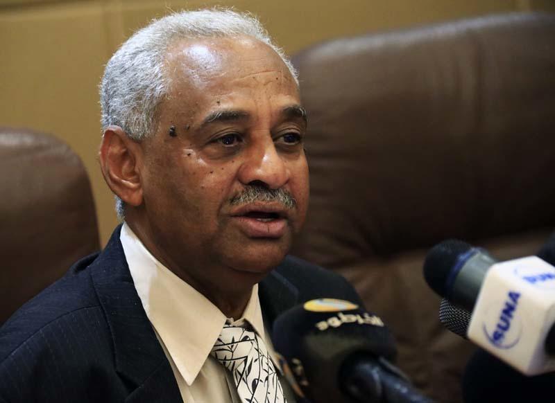 وزير الإعلام السوداني: محاكمة المتهمين المطلوبين من الجنائية شرط أساسي لتحقيق السلام