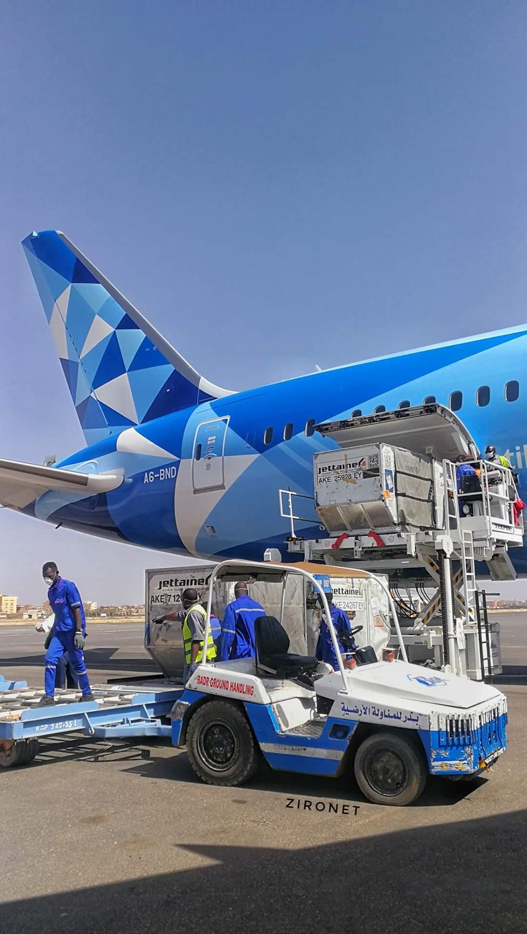 الجزيرة: طائرة مانشستر سيتي متخفية في الخرطوم لدعم حفتر بمقاتلين من السودان