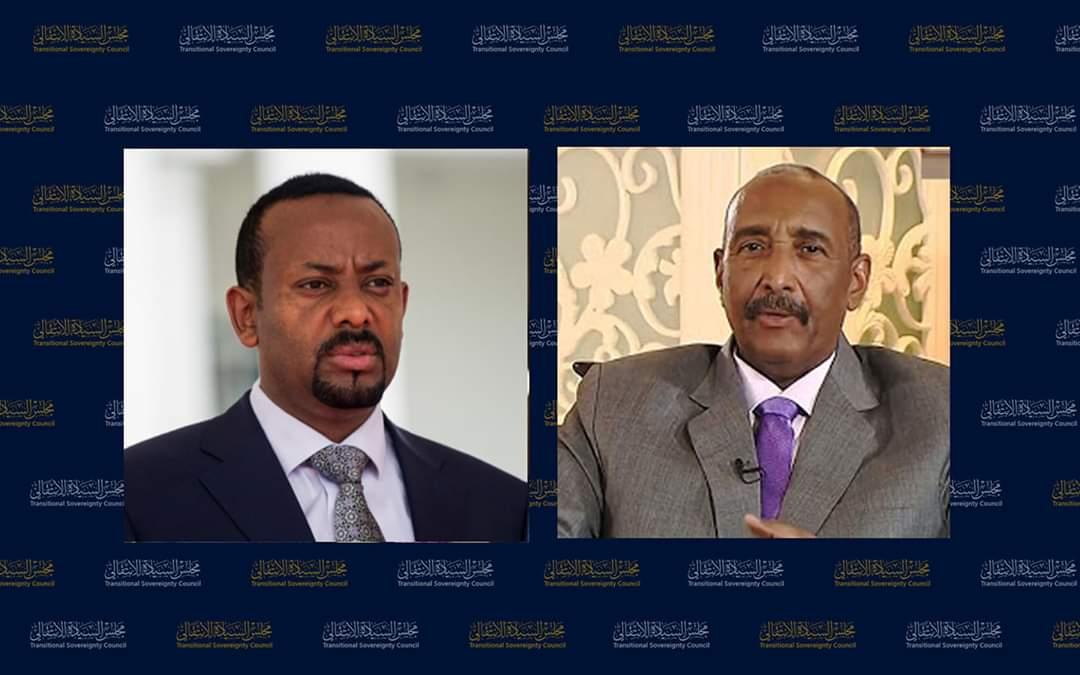 رئيس مجلس السيادة يتلقى اتصالا هاتفيا من رئيس الوزراء الاثيوبي