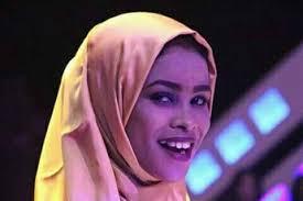 قال انها تعمدت تجاهله.. حمدتو: إيلاف عبد العزيز حذفت المقدمة الموسيقية لاغنية (الزمن الجميل)