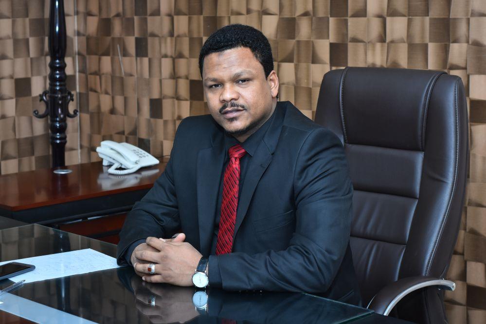 كيف تساهم الأسواق المالية في عملية الاقتصاد السوداني.. حوار مع د/طه حسين