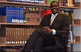 وزير العدل السوداني: توقيع التعديلات على عدد من القوانين