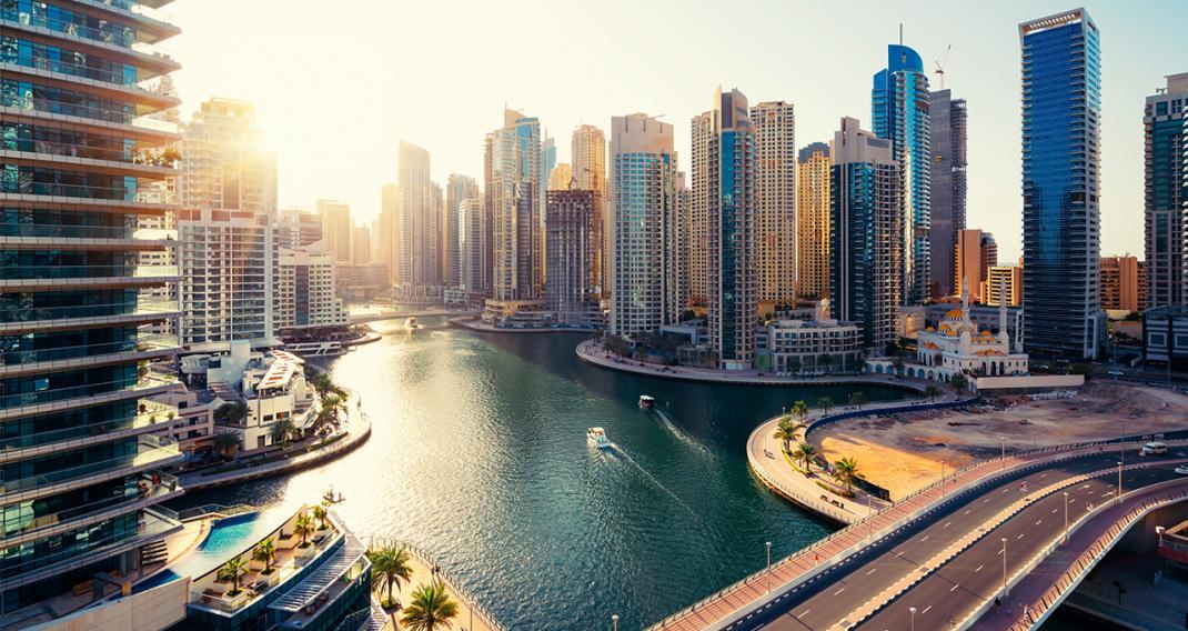 دبي تعاود نشاطها الإقتصادي في السابع و العشرين من هذا الشهر