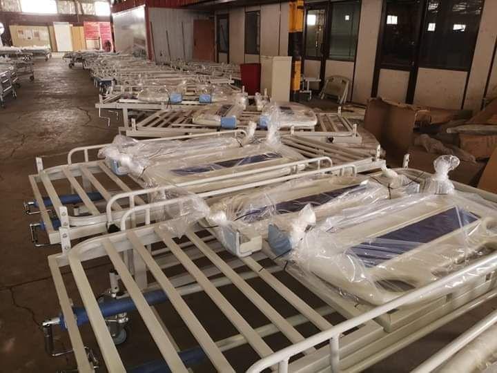 بالصور:وصول  دفعة ثانية  من سرائر العنابر إلى مستشفى إبراهيم مالك