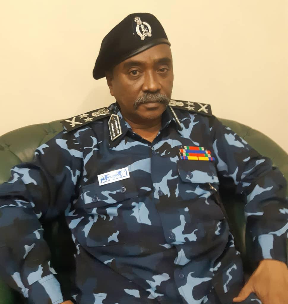 الشرطة السودانية تدشن أسطول يتألف من (25) مركبة لإدارة النجدة