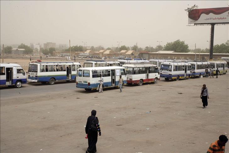 السودان : (المواصلات لازم تتسعر)وسم يطلقه ناشطون على مواقع التواصل