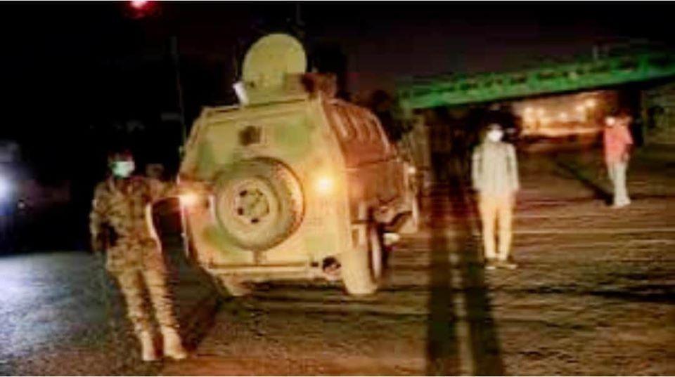 عاجل: انتشار كثيف لمدرعات الجيش الآن بمحيط القيادة العامة