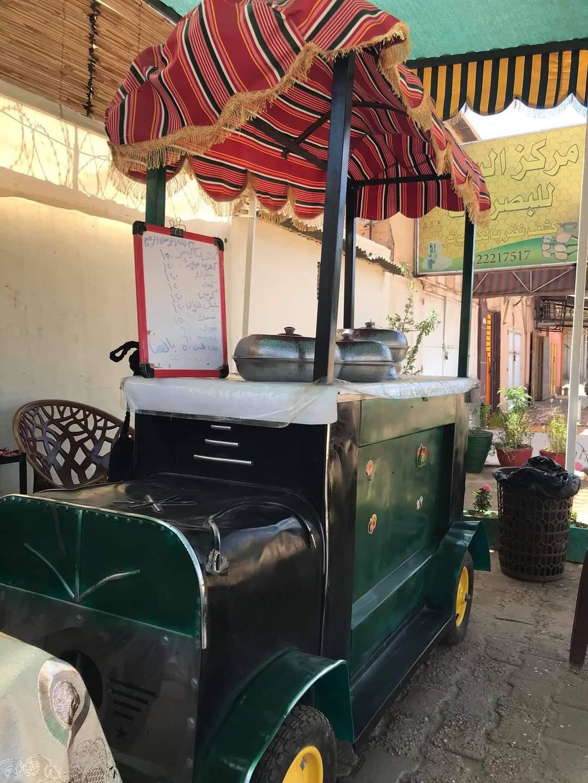 """غزو """"عربة الطعام"""" للشارع السوداني..شقيقتان تمتلكان عربة """"كشري"""" بالخرطوم"""
