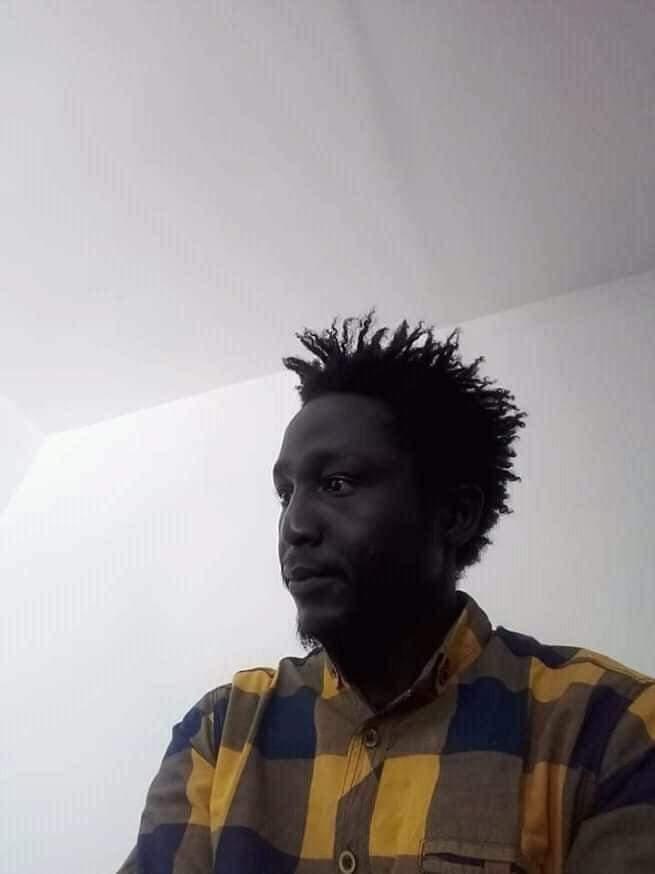 وفاة الشاعر السوداني عبدالوهاب لاتينوس غرقا بالبحر المتوسط