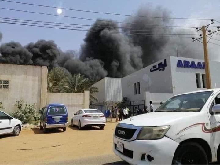 بالفيديو: شاهد حريق مصنع بيبسي بالمنطقة الصناعية بحري