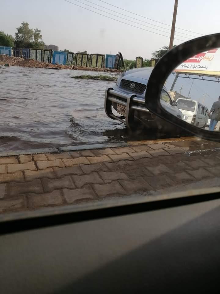 بالصور.. النيل يفيض باتجاه حلة كوكو القنطرة