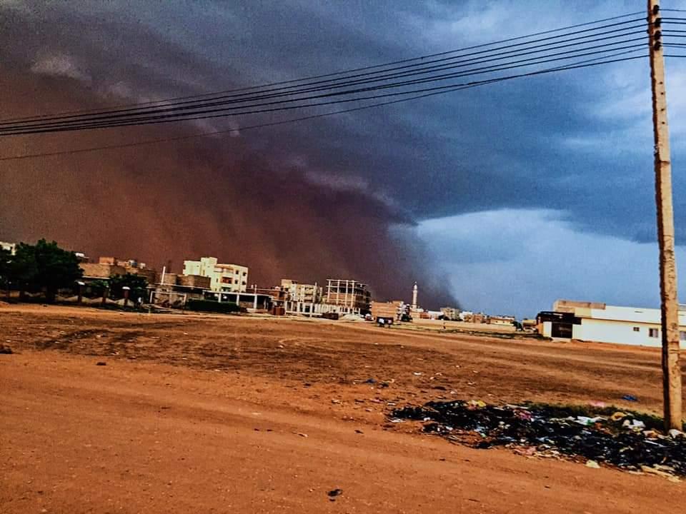 عاجل| أمطار غزيرة بالخرطوم تصحبها رياح شديدة