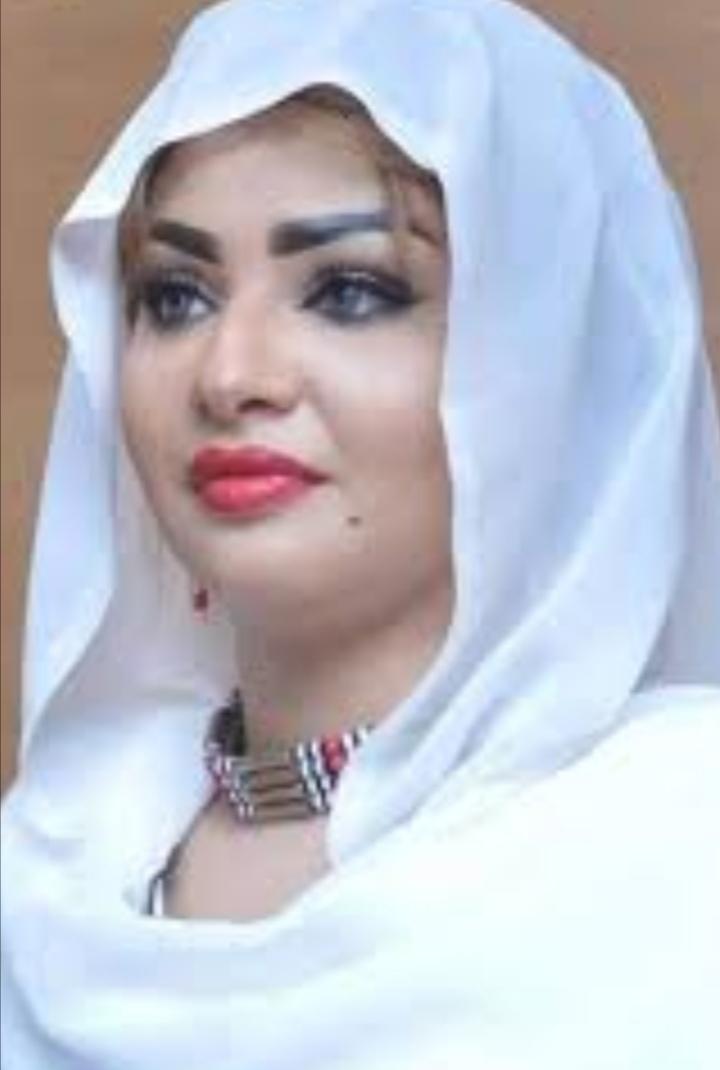 بالصورة : سرير إسراء عادل ..أحدث طرق تعبيرات المعجبين بالنجوم