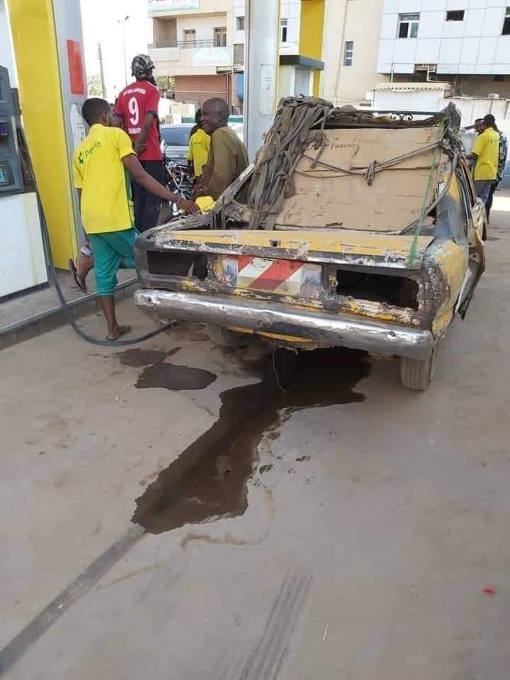 مواطن غلبان .. صاحب التاكسي الذي أثار الجدل بمحطة وقود