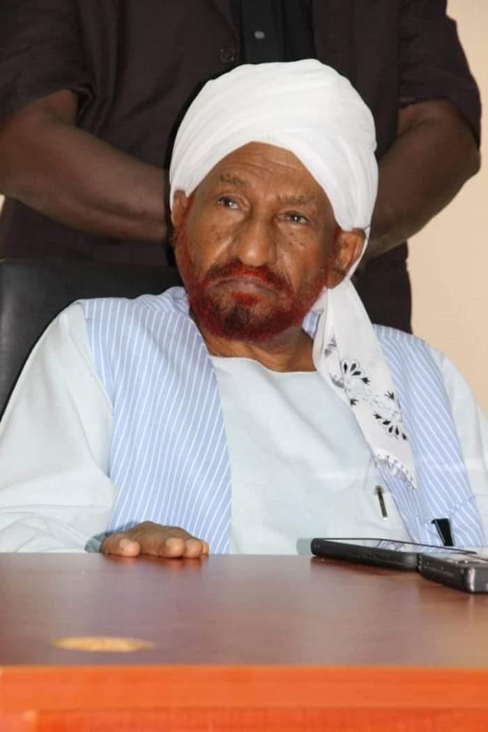 """المهدي : التطبيع بهذه الطريقة هو هزيمة لـ""""لاءات الخرطوم"""" الثلاث وابتزاز لكرامة السودانيين"""