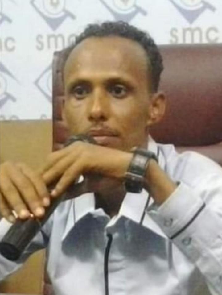 إيقاف إعلامي سوداني بالإمارات على خلفية اتهامه لدول خليجية بالتدخل السافر بشؤون السودان